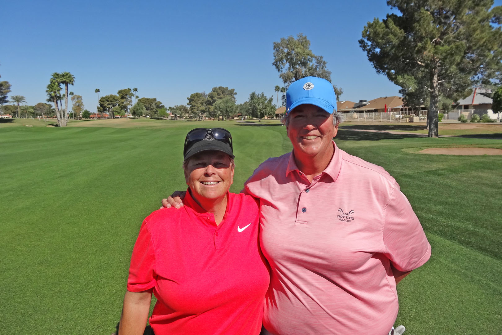 Kim & Leigh go to Senior Open